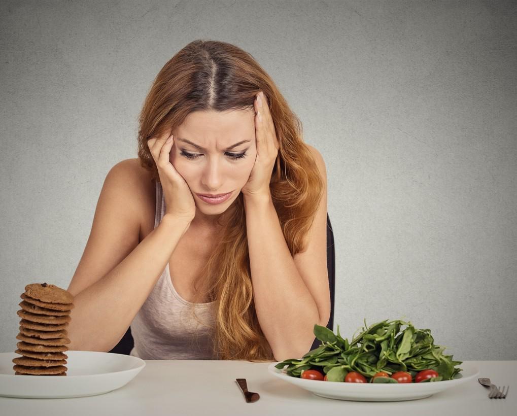 Как перестать есть много еды и начать худеть?